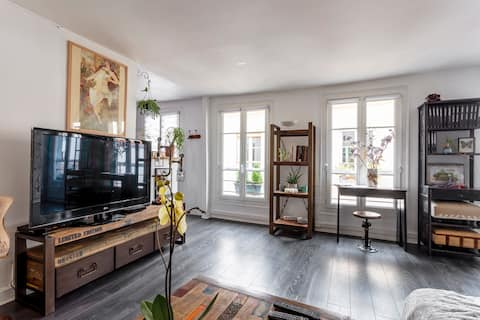 Superbe appartement ensoleillé au cœur de Paris