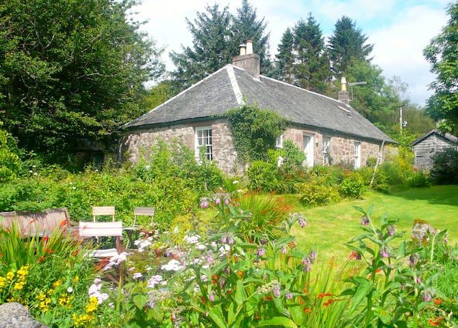 Cottage mit Seeblick Loch Lomond