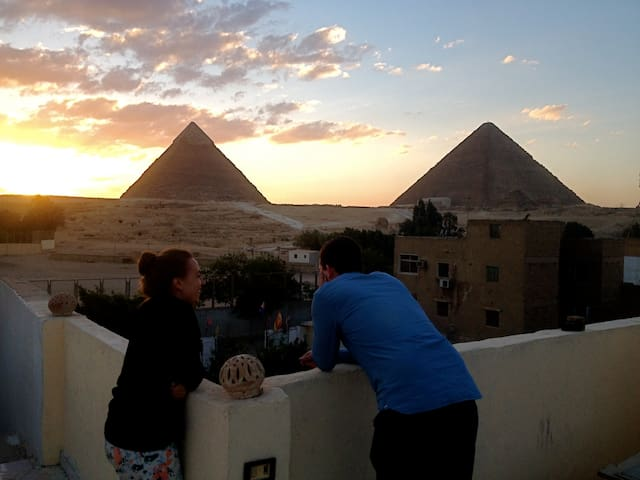 Single Room +Tour Services @ Pyramids Loft,Cairo - Giza - Casa
