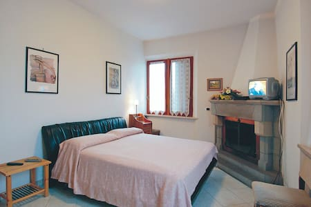 B & B in the  stunning Tuscan Hills - Barga