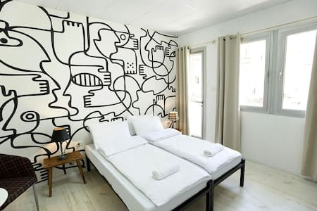 Private Room in a beautiful hostel - Tel Aviv-Yafo
