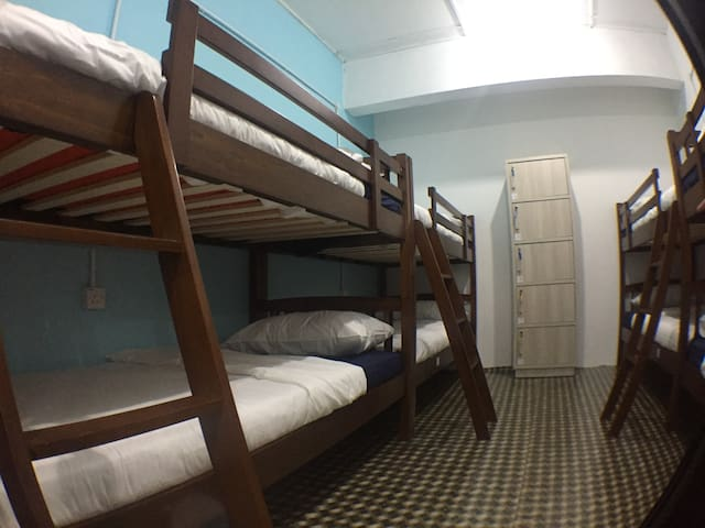 Clean , Comfy & Affordable Stay
