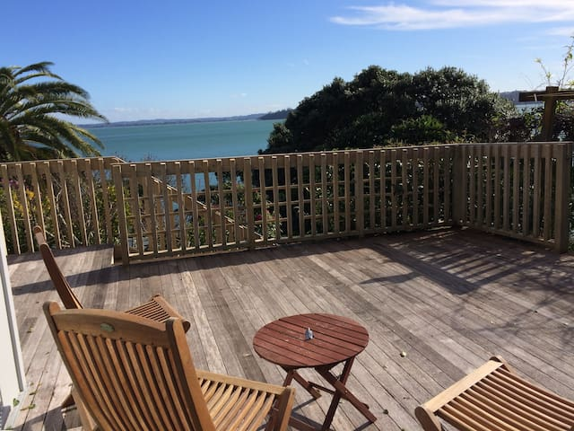 Close to city, beautiful sea views - Auckland - Apartament
