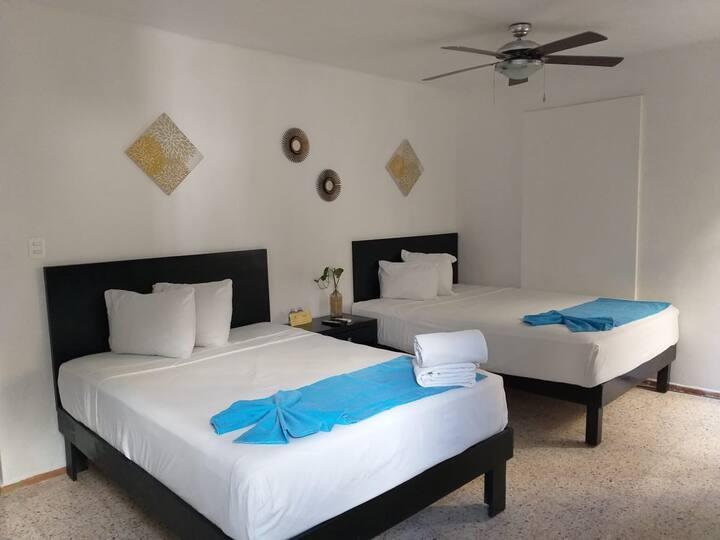 habitacion doble, 2 camas matri con balcon