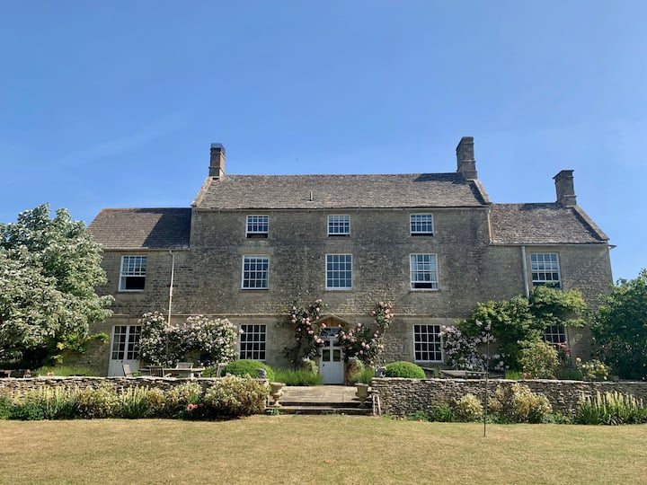 The quintessential Cotswold country home
