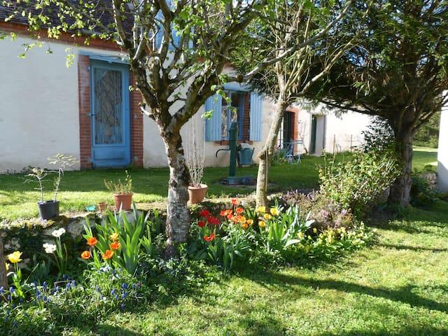 """Sologne, """"studio"""" dans hameau calme - Gièvres - Casa"""