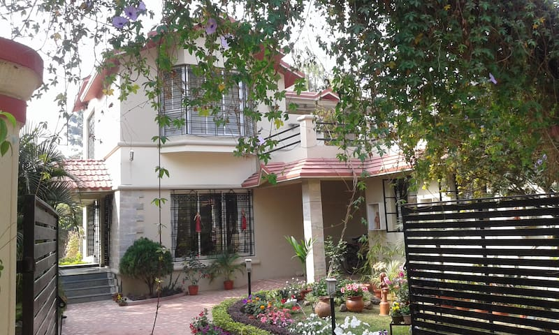 Munia, the Charming Cozy Cottage Shantiniketan. - Santiniketan - Haus