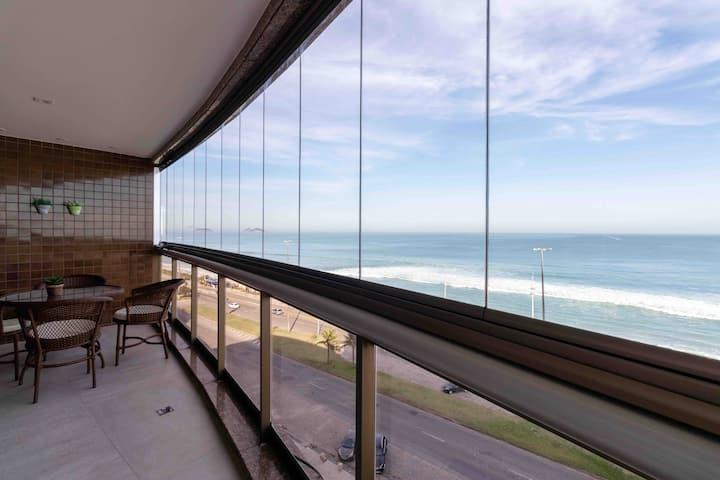 Apartamento de Luxo na Praia da Barra