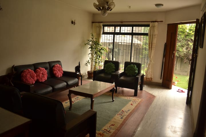 Cozy apartment with Garden - Kathmandu - Apartment