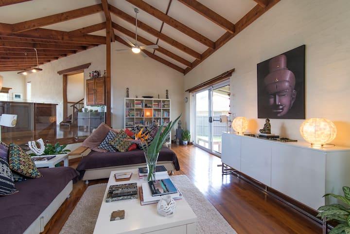 Large 2 Story Home Modern/Charm Byron Bay w/4Beds