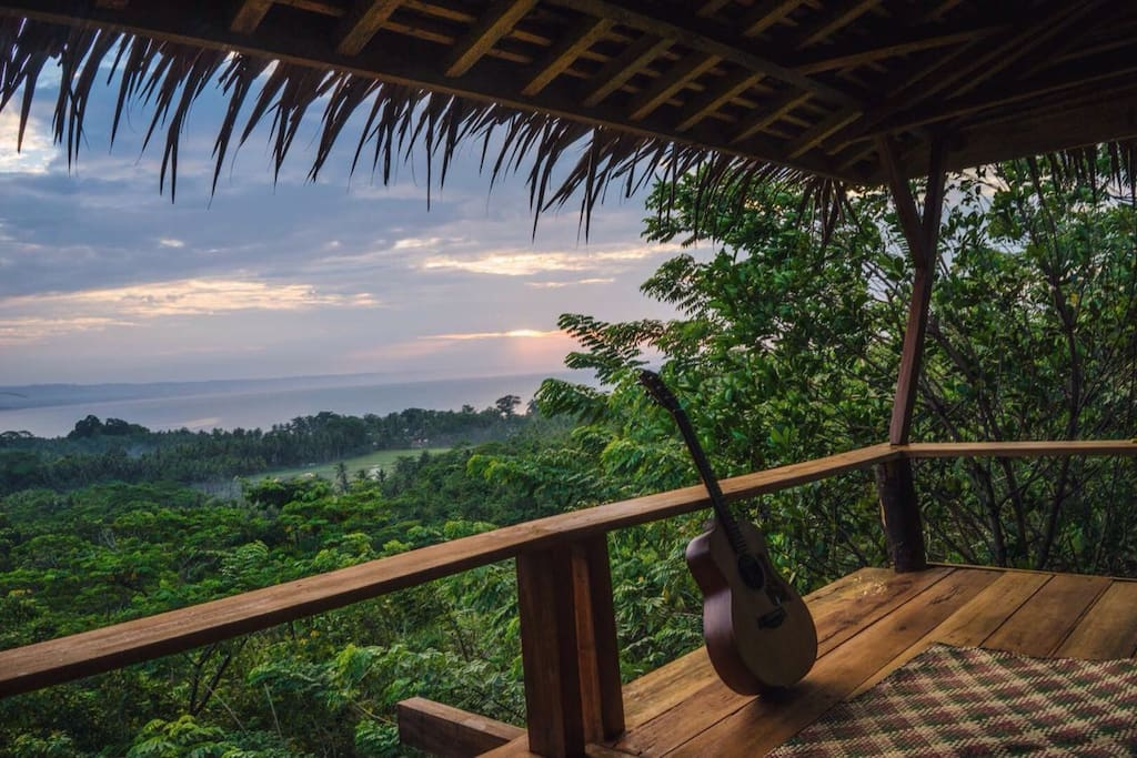 endless view to the sea and peaceful surroundings