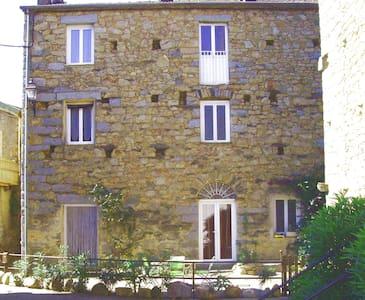 Appartement 4-6 personnes 80m² - Isolaccio-Di-Fiumorbo
