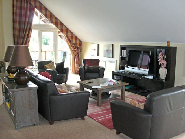 Luxury 5* Lodge, Loch Lomond - Alexandria - Casa