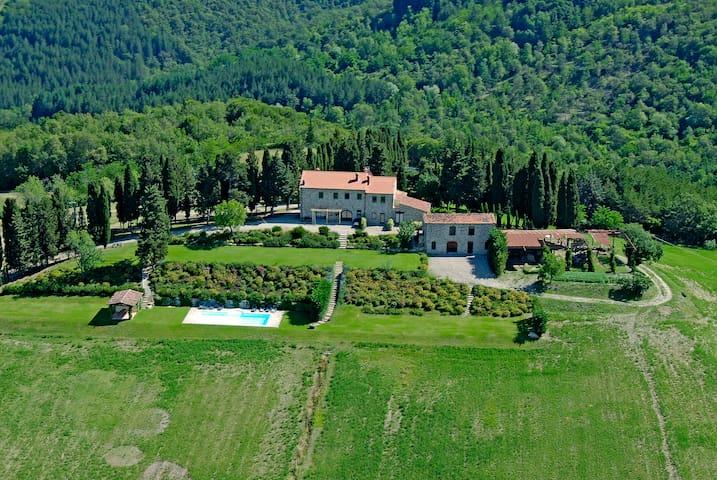 Villa con Piscina - Subbiano - Villa