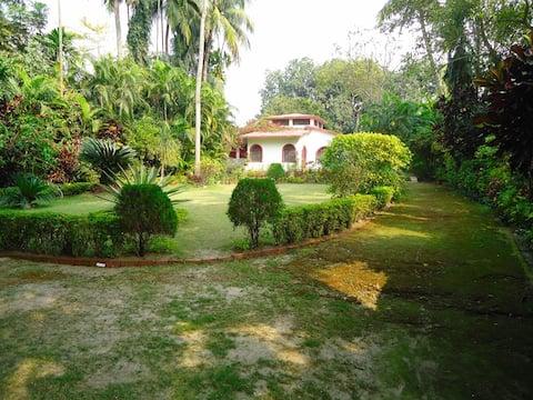 Mitra Villa-An English Cottage.
