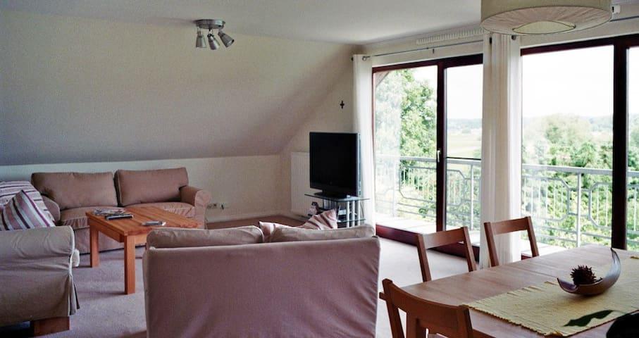 102 qm mit Panorama Elbblick - Marschacht - บ้าน
