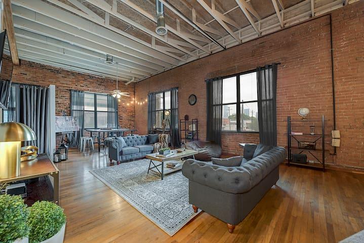 Charming Industrial 3 Bedroom Loft - Ντάλας - Σοφίτα