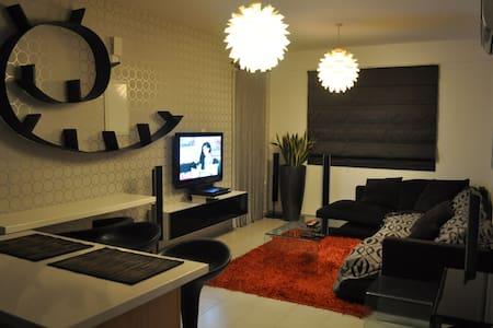 Modern Apartment - Limassol