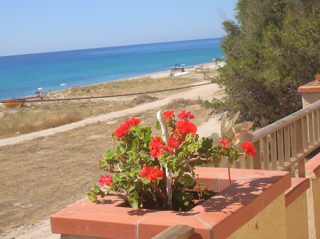 Appartamenti sul mare - Marina di Sant'Ilario - Apartment