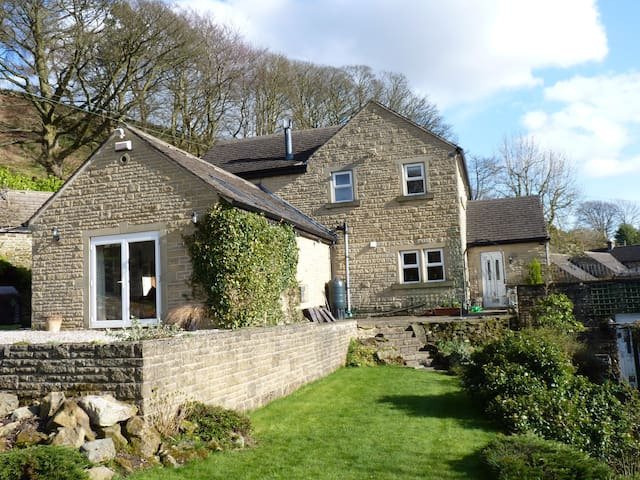 Twin room in Peak District - Hathersage, Hope Valley - Rumah