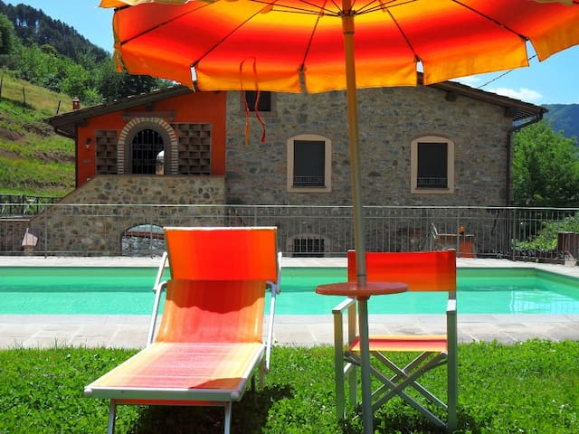Gemma, confortable apartment with pool - Pescaglia - Appartement