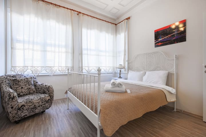 Apartment 2 - Balat Palace