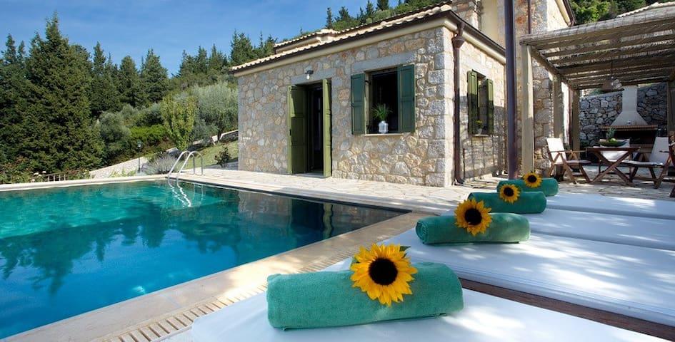 Asplathia Luxury Villas Complex - Lefkada - Casa de campo