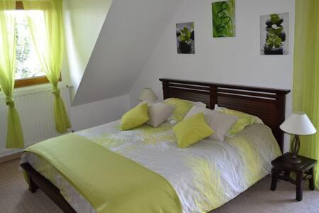 Chambre dans maison, jardin piscine - La Baule-Escoublac