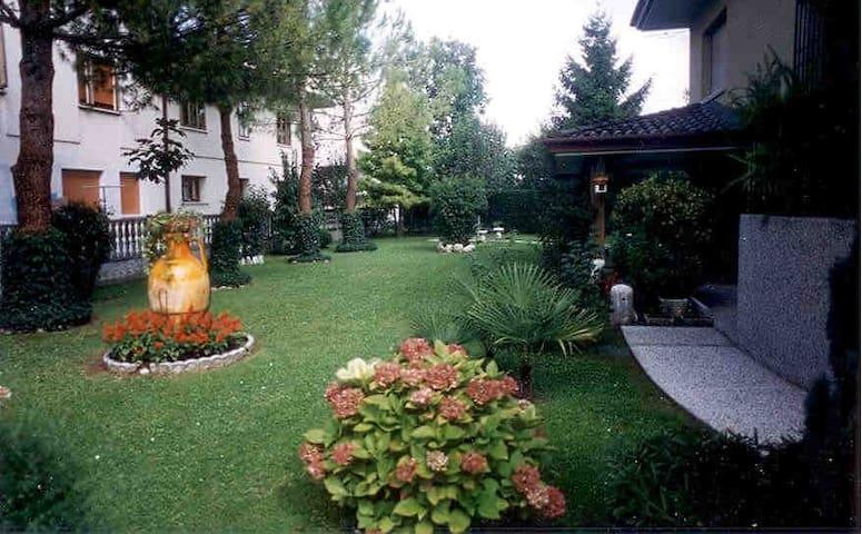 villa con parco - Casarsa della Delizia - Villa