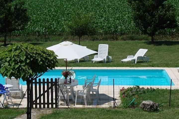 Maison et piscine charente maritime
