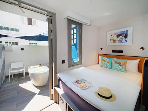 Suite with Outdoor Tub [Hotel Soloha @ Chinatown]