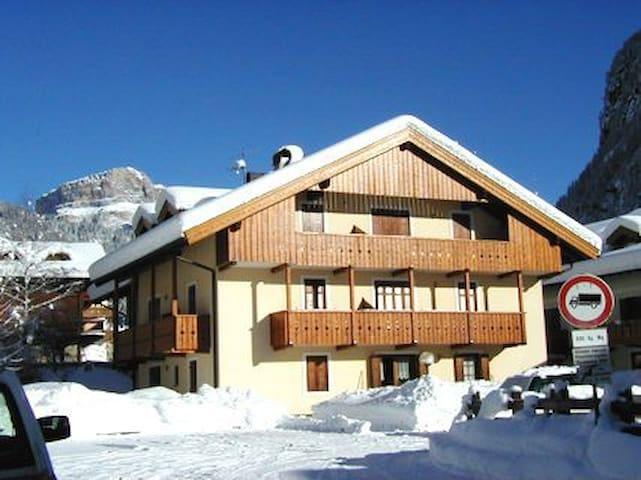 HOME TRENTINO DOLOMITI FASSA - Campitello di Fassa - Apartment