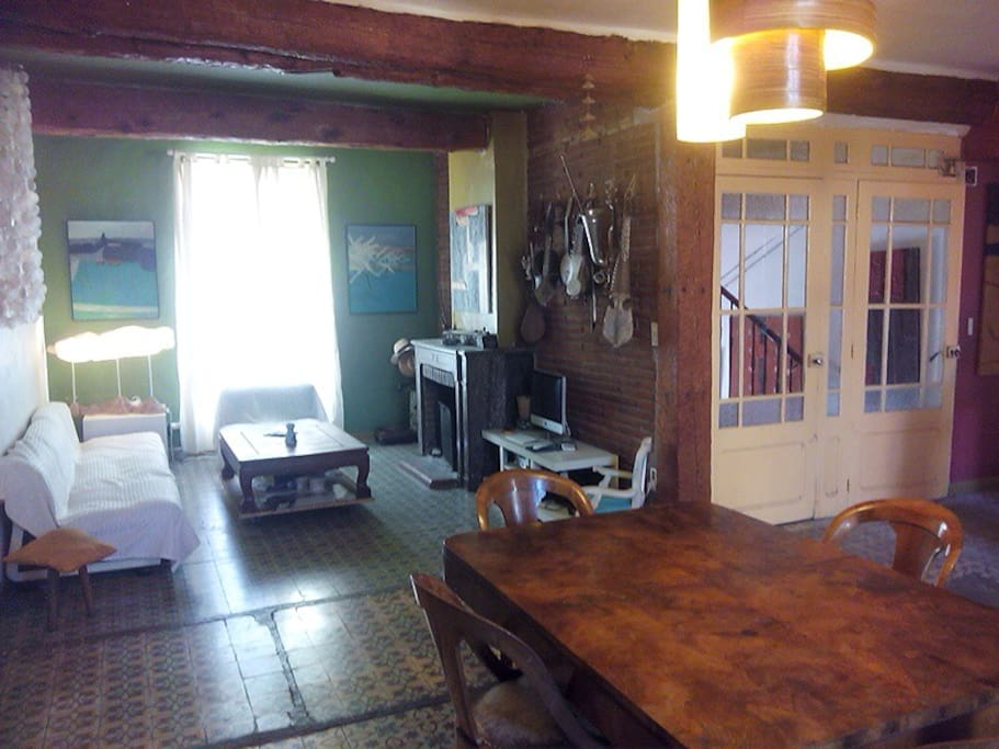 Le salon , salle à manger