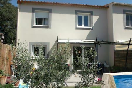 Chambre entre Montpellier et Sète - Poussan
