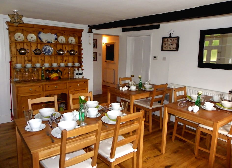 Breakfast Room- you are welcome to a Full English with all the trimmings, cereals, toasts with local preserves, pancakes and other daily specials.