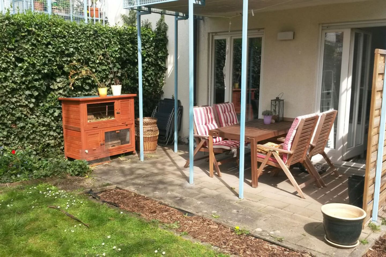Schöne Wohnung mit eigenem Garten