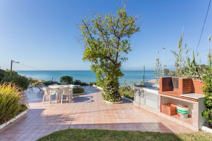 Villa Vista Mar 30metros da Praia!! - Olhos de Água - Talo
