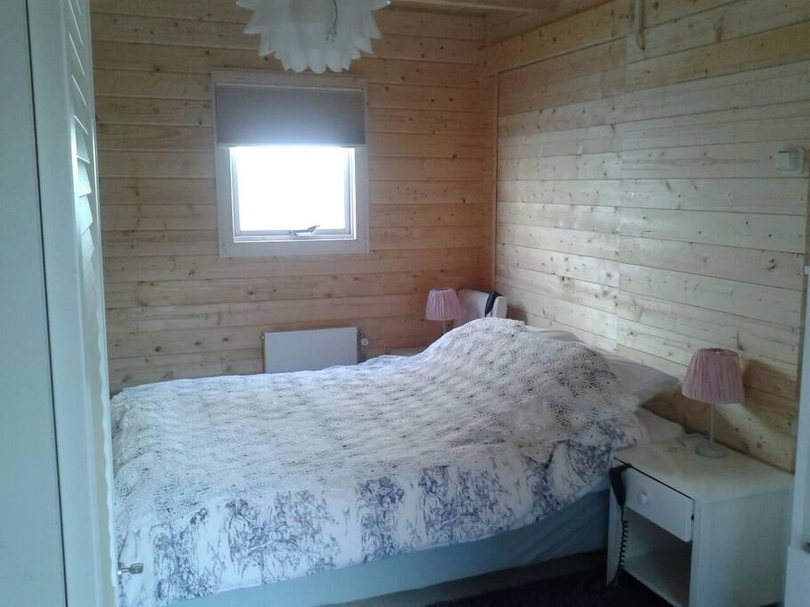 Bedroom..zzzzz...bed is electric adjustable