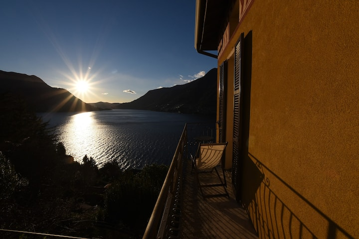 EBE Home, tipical lake home with wonderful view