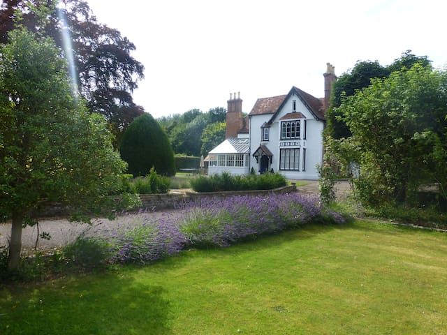 Charming Double Room in Village Manor House