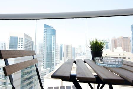 Bed in 6-bed Dormitory room. BackPacker 16 Hostel - Dubai - Dormitório