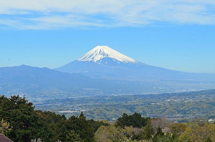 絶景富士山!SKYテラスで富士山を見ながらのBBQ!お風呂は信楽焼きの非日常な世界