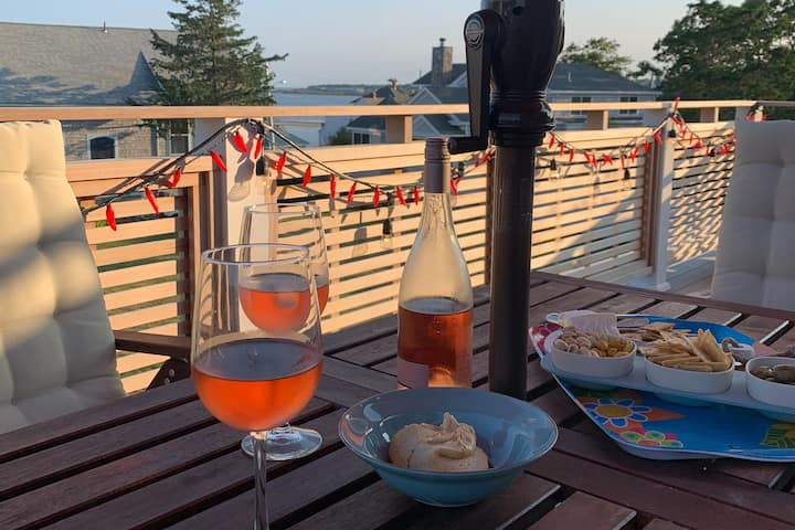 Idyllic Beach Haven & Year-Round Sanctuary