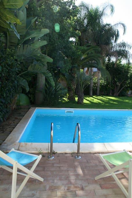 Area esterna e piscina