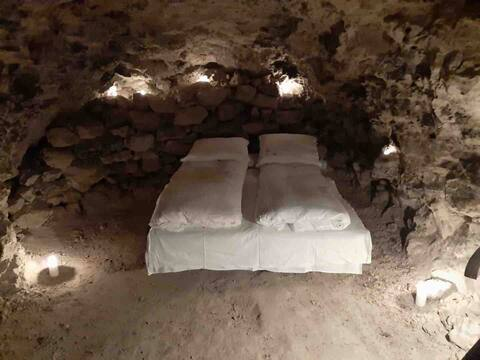 Jens Langkniv's hule i Daugbjerg Kalkgruber.