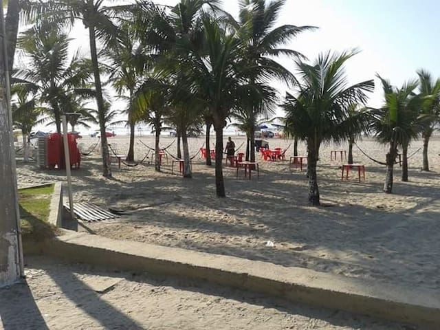 Apartamento Praia Grande a 150m da praia