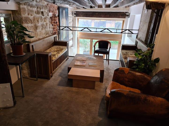 Chambre lit simple coeur de Saint-Germain-des-Prés