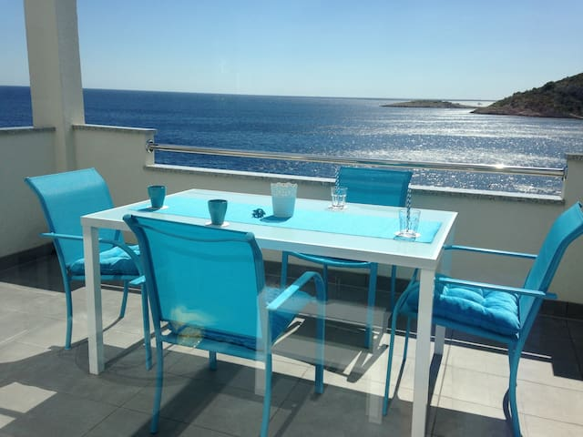 New duplex apartment, 10m from sea, with Parking