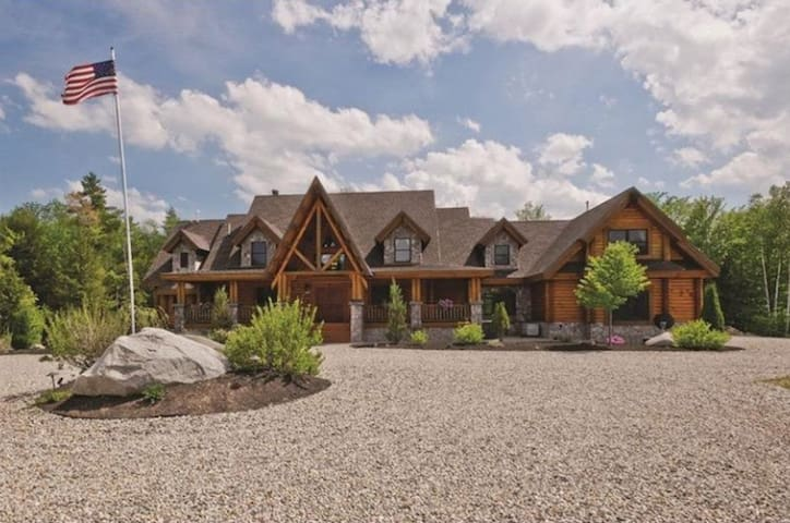 Luxury Lakefront Home on gated 155 Private Acres