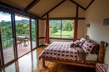 Suite Tacari at Casa Valentina Monteverde - Monteverde - Ház